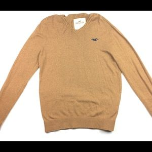 Hollister sweater, size M